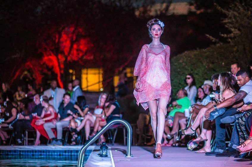 303Magazine_PoolsideFashionShow-104