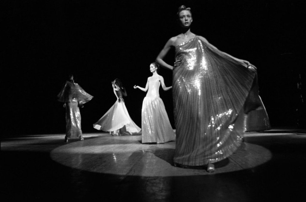 Halston's presentation at Versailles (Photo courtesy of wmagazine.com).