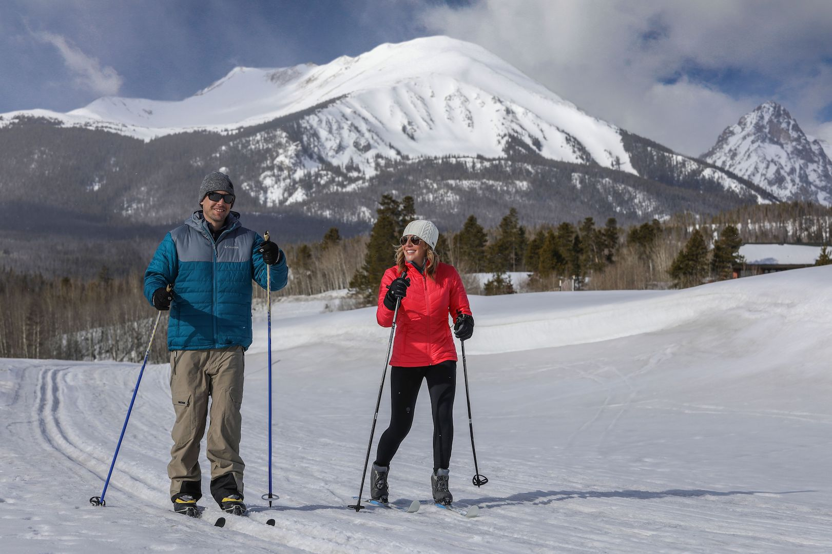 Cross-country skiers enjoy free winter trail in Silverthorne